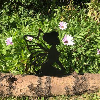Fairy Kneeling Fence Topper