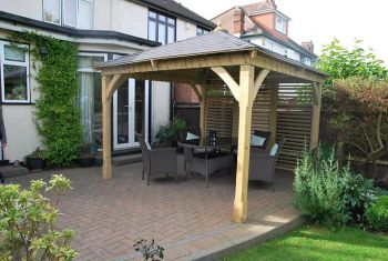 Cotswold Canopy with Floor & 6 Venetian Panels (3.26 x 3.26m)